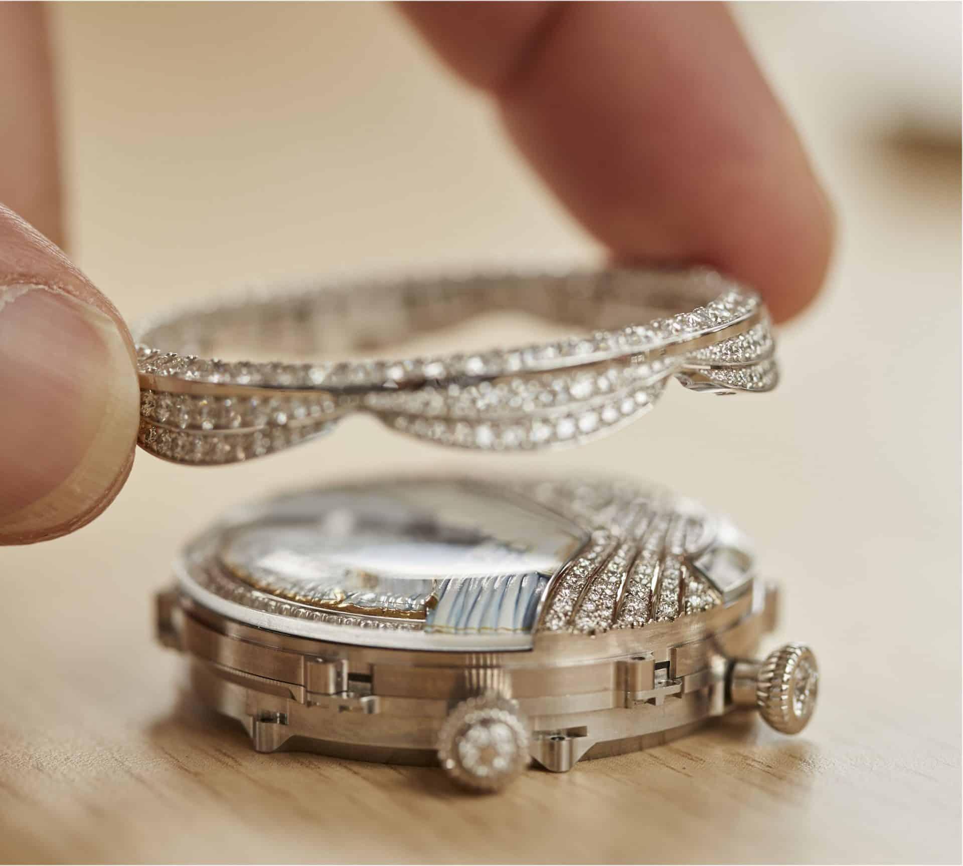 Van Cleef Arpels Lady Arpels Ballerine Musicale Diamant Clement Rousset 2067201 Gehaeusemontage