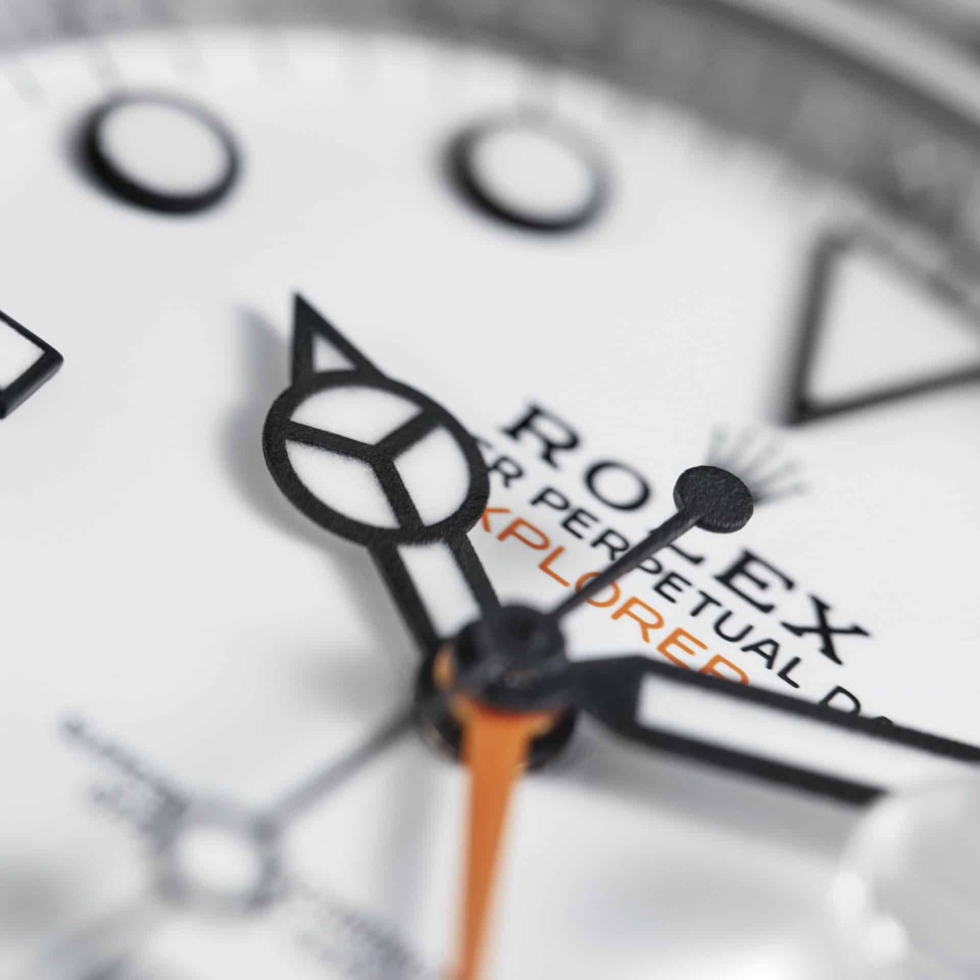 Rolex Explorer II Zeiger Indexe mit verbesserter Chromalight Leuchtmasse