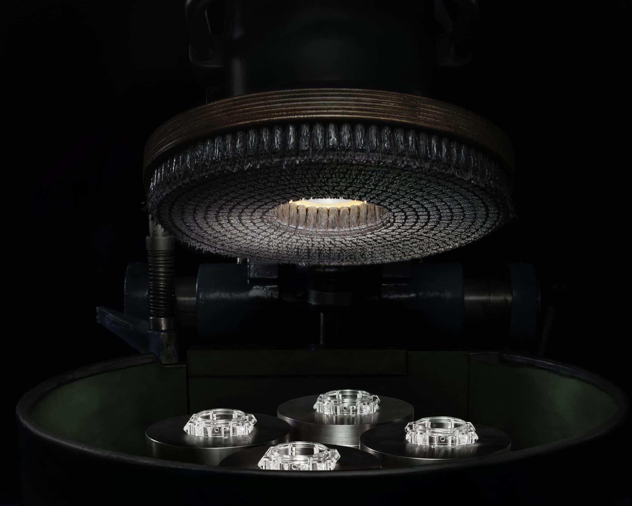 Gehäusepolitur der Gehäuse für das Hublot Modell der Big Bang Integral Full Sapphire