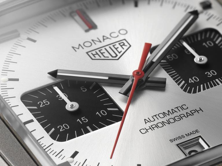 Silbernes gebürstetes Zifferblatt Monaco Titan