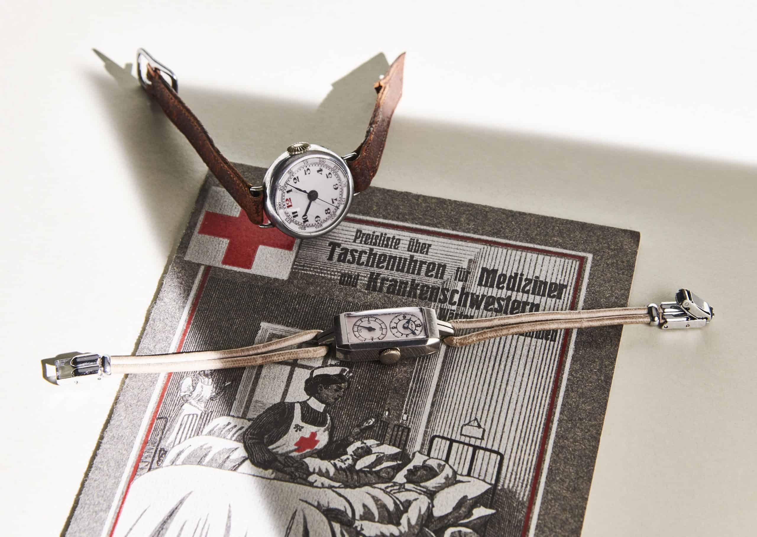 Krankenschwester Armbanduhr Gruen Duo Dial von circa 1930 (Bild Uhrenkosmos)