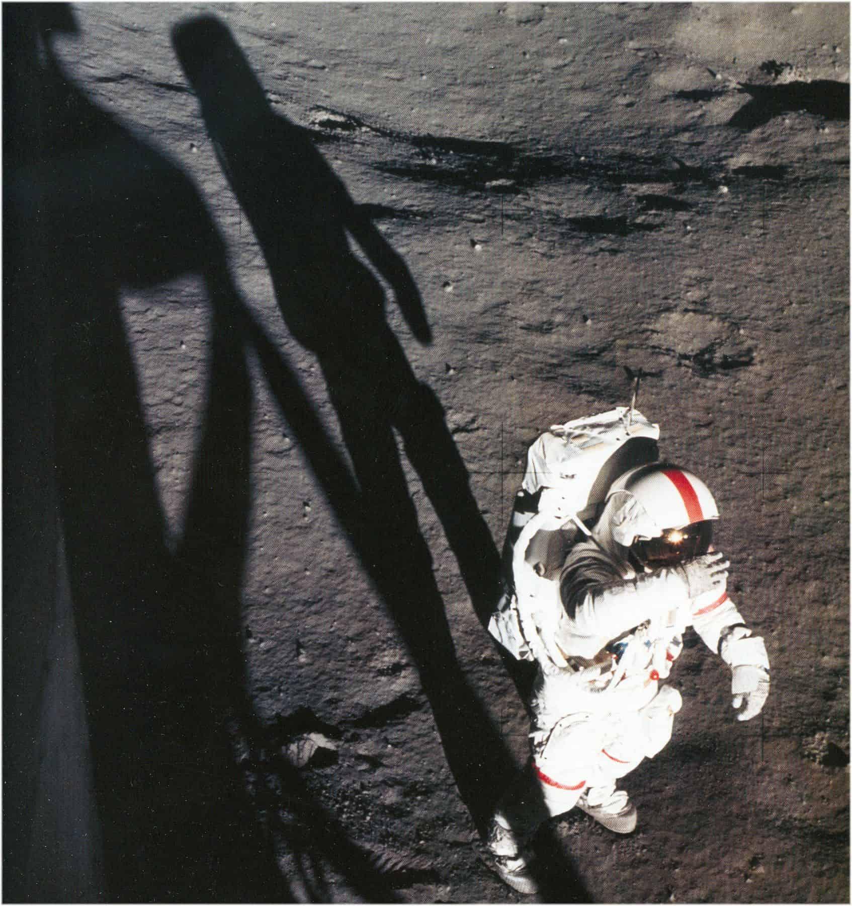 Mondlandung 1969 mit dem Astronauten Neil Armstrong und seinem analogen Omega Speedmaster Chronographen