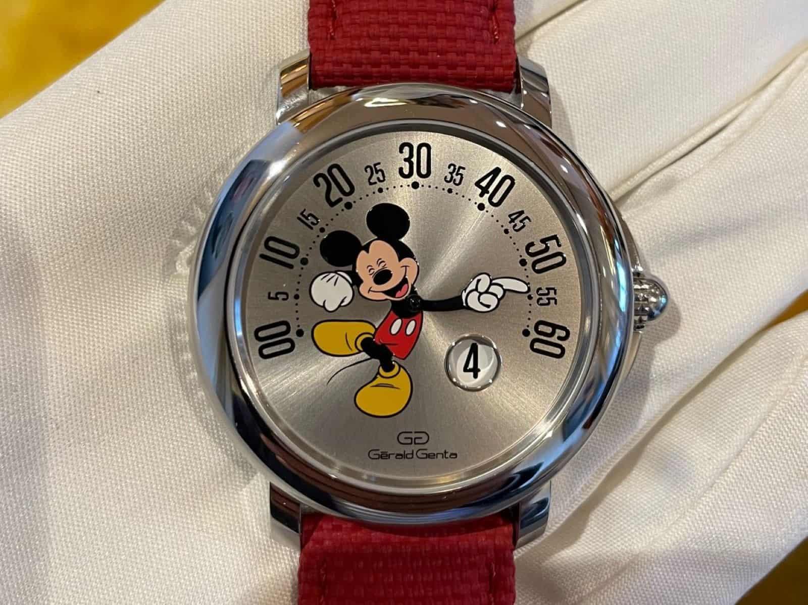 Gerald Genta Arena Retrograde Mickey Mouse Edition 2021