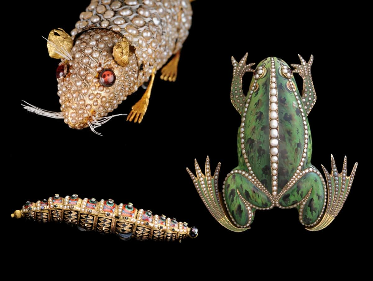 Tierautomaten wie Maus, Seidenraupe und Frosch der Vergangenheit nach der Restaurierung durch Michel Parmigiani